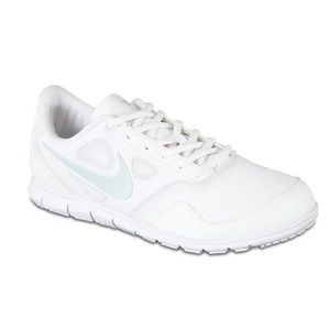 Nike cheer shoes size 6